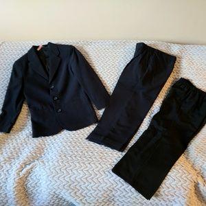 SALE Boys Navy 2 pcs suit & FREE black pants